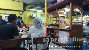 Foto 4 - Interior di Bakso Titoti oleh Jakartarandomeats