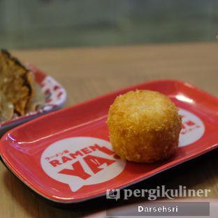 Foto 4 - Makanan di RamenYA oleh Darsehsri Handayani