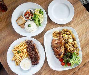 Foto 4 - Makanan di PGP Cafe oleh Andin | @meandfood_