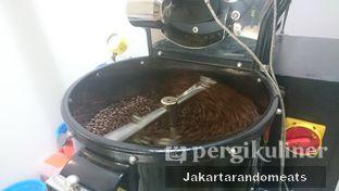 Foto 12 - Interior di The Caffeine Dispensary oleh Jakartarandomeats
