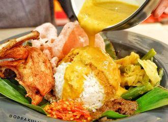 Tak Sanggup Menahan Godaan Nasi Padang? Ini Triknya Agar Tak Kena Kolesterol