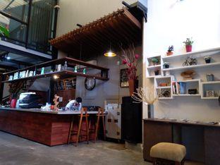 Foto 3 - Interior di Terroir Coffee & Eat oleh PemakanSegala