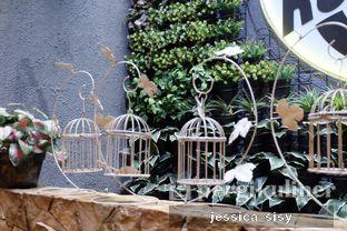 Foto 18 - Interior di De Cafe Rooftop Garden oleh Jessica Sisy
