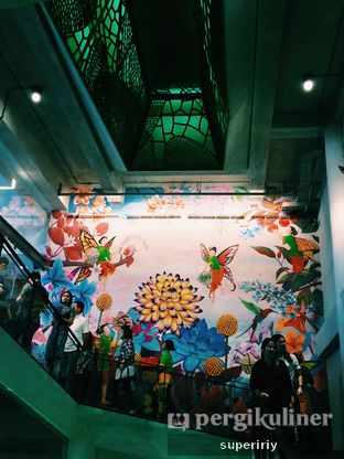 Foto 4 - Interior di Madame Chang oleh @supeririy