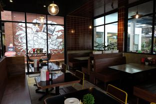 Foto 3 - Interior di Holy Smokes oleh Claudia @grownnotborn.id