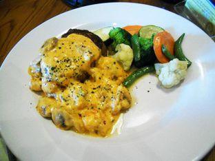 Foto 3 - Makanan di Outback Steakhouse oleh Alen Alen