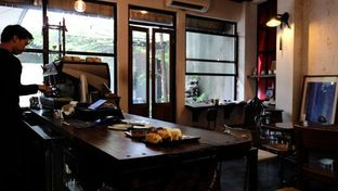 Foto 8 - Interior di But First Coffee oleh YSfoodspottings