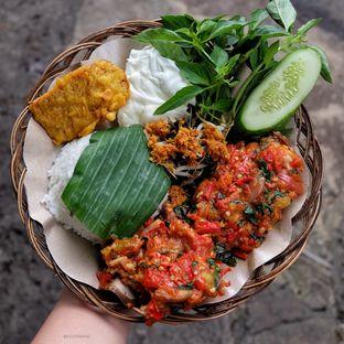Foto 2 - Makanan di Ayam Bakar Madiun oleh Wawa | IG : @foodwaw