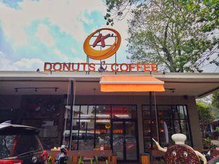 Foto 2 - Eksterior di K' Donuts & Coffee oleh Inggie Sulastianti