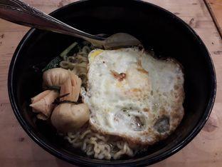 Foto 2 - Makanan(Indomie Kuah + Dimsum Goreng) di Dapoer Roti Bakar oleh Widya Destiana