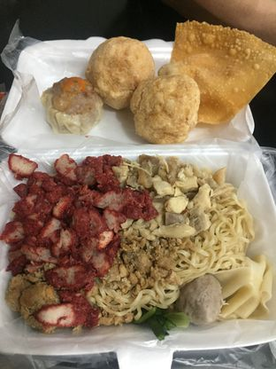 Foto - Makanan di Bakmi Ka Heng oleh Wawa | IG : @foodwaw