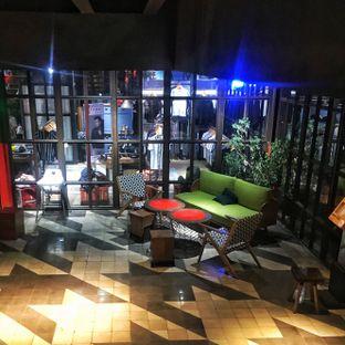 Foto 11 - Interior di The Parlor oleh Fadhlur Rohman