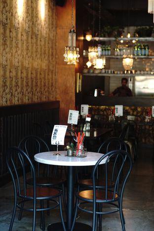 Foto 9 - Interior di Bo & Bun Asian Eatery oleh Nanakoot