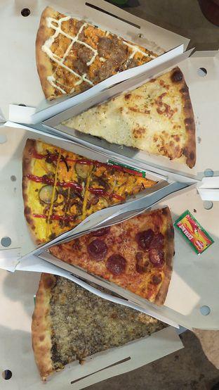 Foto review Sliced Pizzeria oleh Chris Chan 1