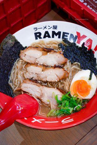 Foto - Makanan di RamenYA oleh Indra Mulia
