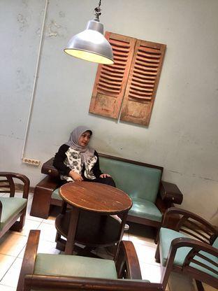 Foto 8 - Interior di Rumah Kopi Ranin oleh Marita