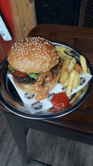 Foto 3 - Makanan di Burgertard oleh Nadia Indo