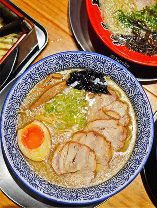 Foto 3 - Makanan(Tori Shio Carshu Ramen) di Menya Sakura oleh Lastia @tasteintrip