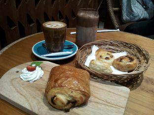 Foto 1 - Makanan di Skyline Design Gallery & Cafe oleh ochy  safira