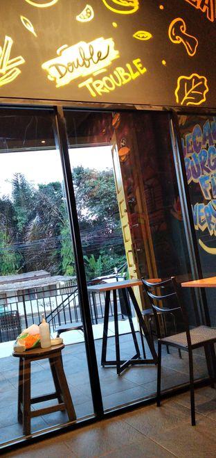 Foto 5 - Interior di FIX Burger oleh yuandika putri