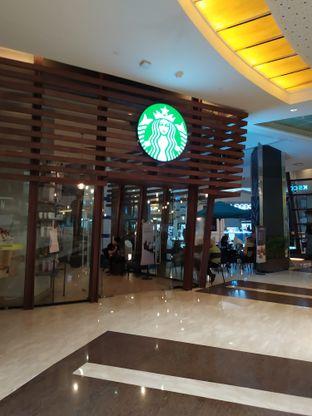 Foto 4 - Eksterior di Starbucks Coffee oleh Anne Yonathan