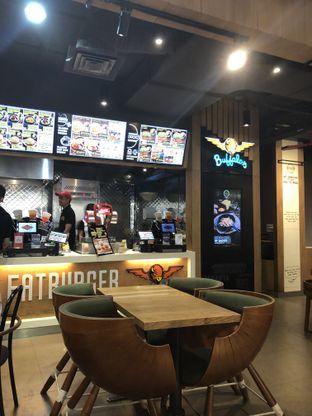 Foto 4 - Interior di FATBURGER oleh FebTasty  (Feb & Mora)