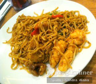 Foto 4 - Makanan(Mie Goreng Seafood) di Imperial Kitchen & Dimsum oleh Diana Sandra
