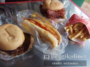 Foto 1 - Makanan di Blenger Burger oleh Stella @stellaoctavius