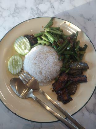 Foto 10 - Makanan di Ponggol Nasi Lemak oleh deasy foodie