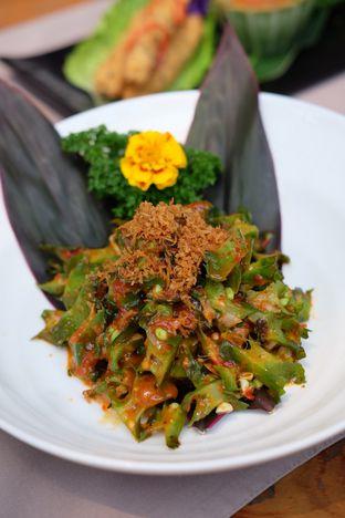 Foto review Bunga Rampai oleh Suyanto Fong 2