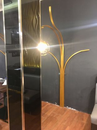 Foto 5 - Interior di The Gade Coffee & Gold oleh Prido ZH