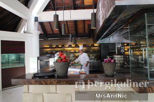 Foto 10 - Interior di Seafood Terrace - Grand Hyatt oleh UrsAndNic