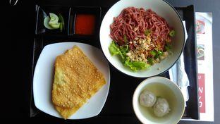 Foto 2 - Makanan(Pangsit baso) di Resto Ngalam oleh Yanni Karina