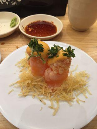 Foto 3 - Makanan di Tom Sushi oleh @Itsjusterr