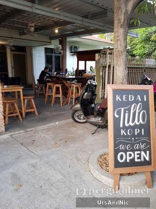 Foto 4 - Interior di Kedai Tillo Kopi oleh UrsAndNic