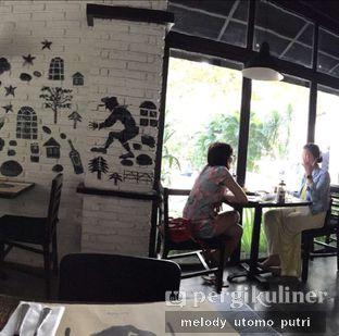 Foto 4 - Interior di De Luciole Bistro & Bar oleh Melody Utomo Putri