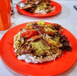 Foto 2 - Makanan di Nasi Kari Akiat oleh deasy foodie
