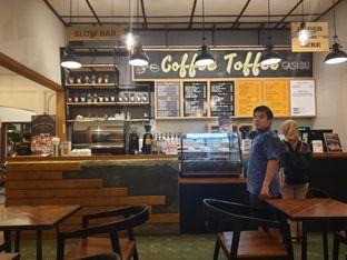 Foto 8 - Interior di Coffee Toffee oleh imanuel arnold