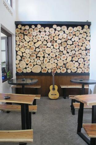 Foto 2 - Interior di Dreezel Coffee oleh Kuliner Addict Bandung