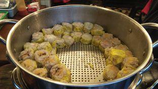 Foto 6 - Makanan di Dimsum Benhil oleh Review Dika & Opik (@go2dika)