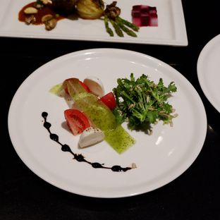 Foto 4 - Makanan di Collage - Hotel Pullman Central Park oleh Belly Culinary