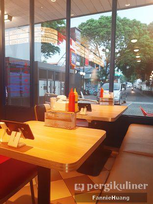 Foto 8 - Interior di Food Days oleh Fannie Huang  @fannie599
