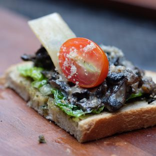 Foto 3 - Makanan di McGettigan's oleh Reinard Barus