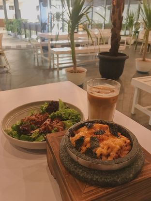 Foto - Makanan di Arunika Coffee & Bar oleh @qluvfood