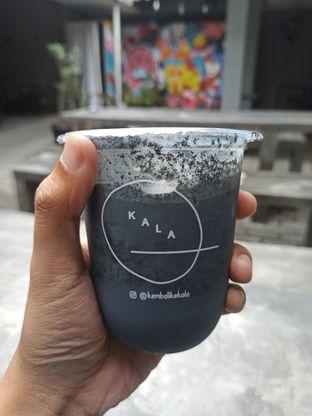 Foto 1 - Makanan(Black Charcoal) di Kembali ke Kala oleh Rachmat Kartono
