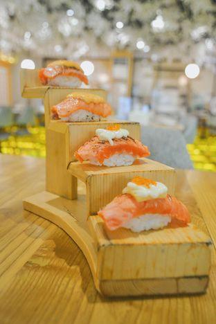 Foto 2 - Makanan di Okinawa Sushi oleh IG: biteorbye (Nisa & Nadya)