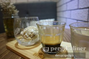 Foto 2 - Makanan(Affogato) di Qubico Coffee oleh Desy Apriya