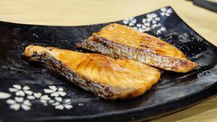 Foto 2 - Makanan(Salmon Teriyaki) di Sushi King oleh Yummyfoodsid