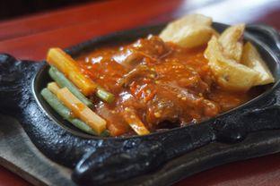 Foto Sirloin Telanjang di Steak Ranjang