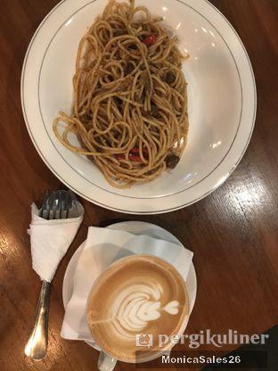 Foto 10 - Makanan di Identic Coffee oleh Monica Sales